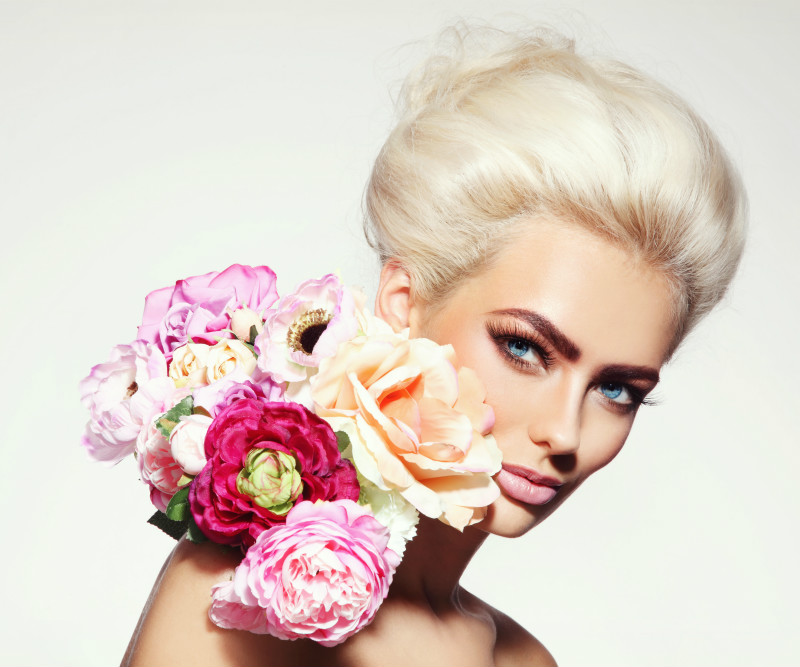 Hair Trends: Taking The Platinum Plunge?