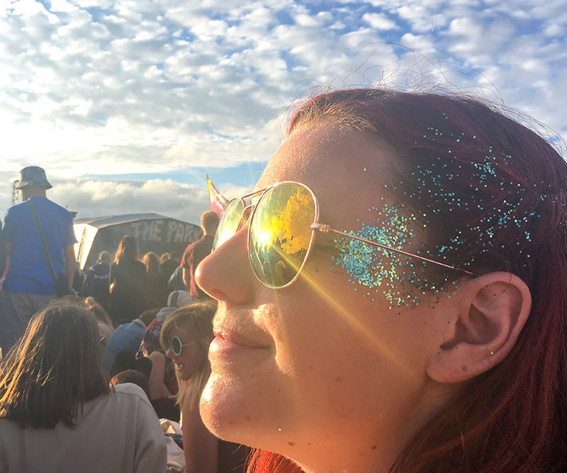 Festival Lips: Stand Out with Glitter this Festival Season